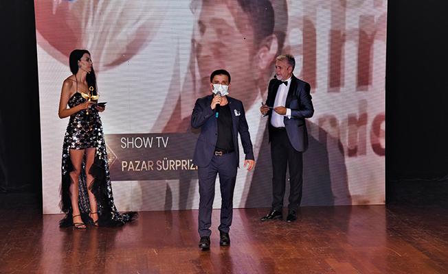 Altın Melek Ödüllerinde Yılın En Başarılı Genç İş Adamı ödülünü Lami Uyar aldı