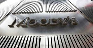 Moody's, Türkiye'nin notunu düşürdü: Bakanlıktan tepki geldi
