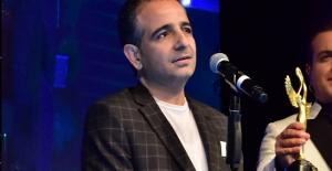 Ünlü Yaşam Koçu Mustafa Kılıç ödüllere doymuyor